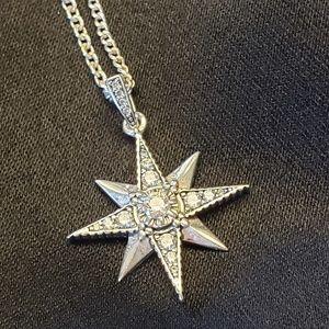 Thomas Sabo Royalty Star Pendant w/chain